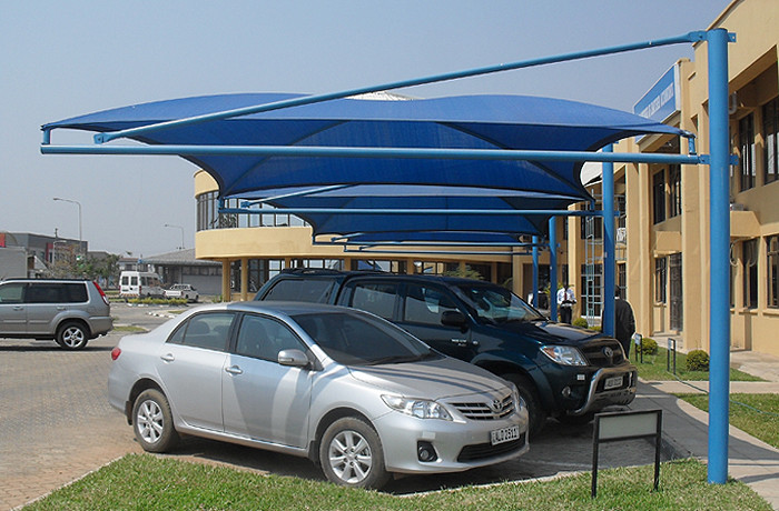 A Guide to Car Parking Shades and Coolers